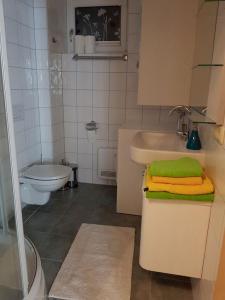 Bathroom II.